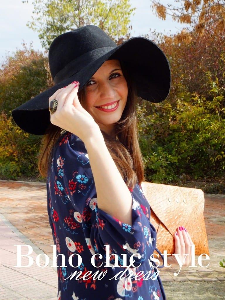 bloguera de moda con vestido largo hippie
