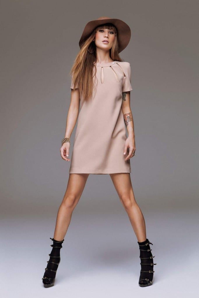 Vestido rosa palo de Denny Rose