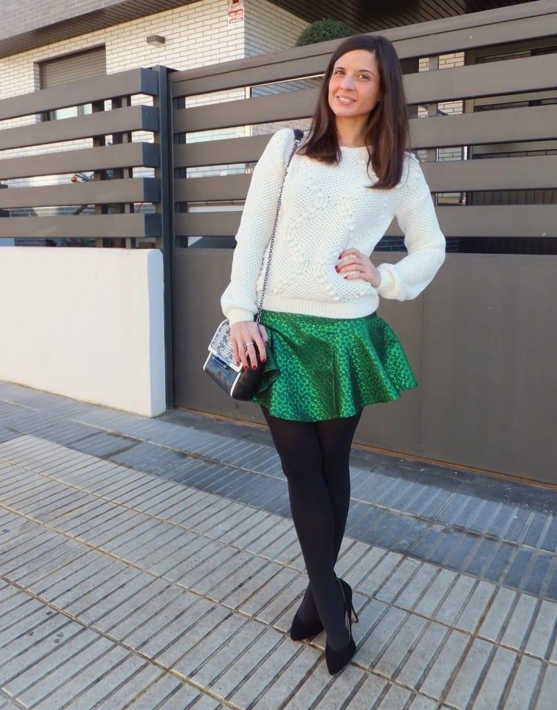 falda verde Minueto y jersey punto Mango