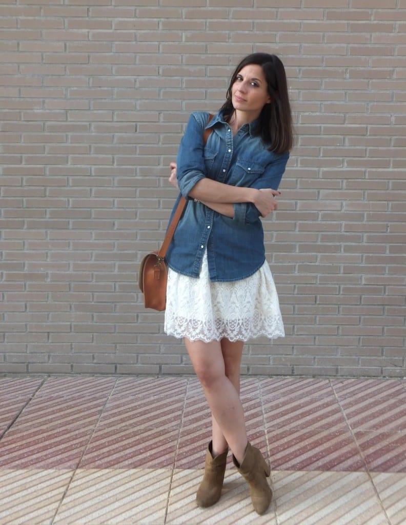 10 ideas combinar camisa vaquera mujer